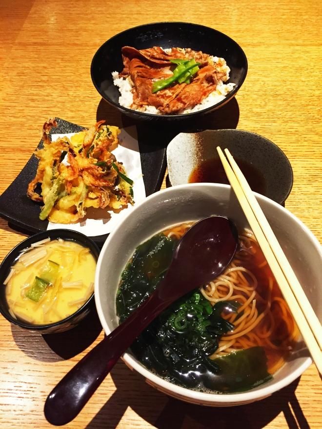 Hamanoya Marina Square The Meal