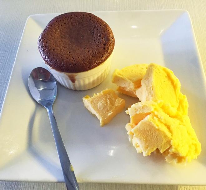 Birdie Num Num Kembangan Chocolate Souffle Ice Cream