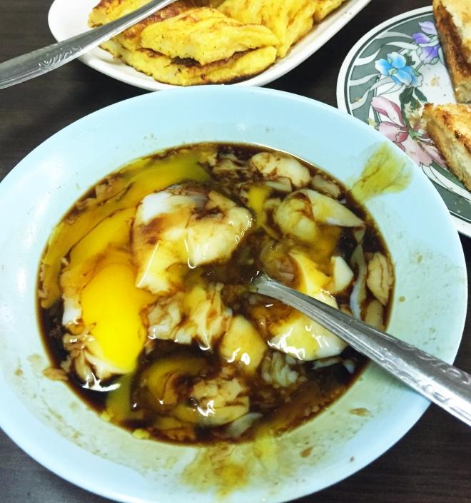 Tong Ah Eating House Keong Saik Eggs