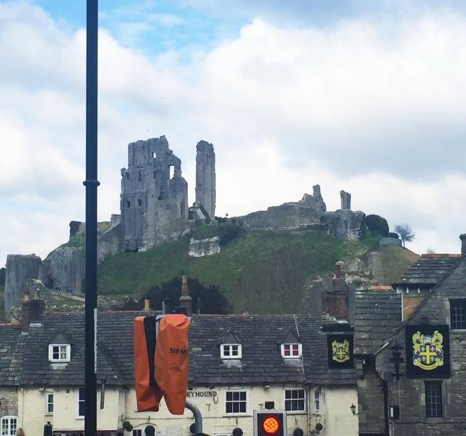 Corfe Castle 1.jpg