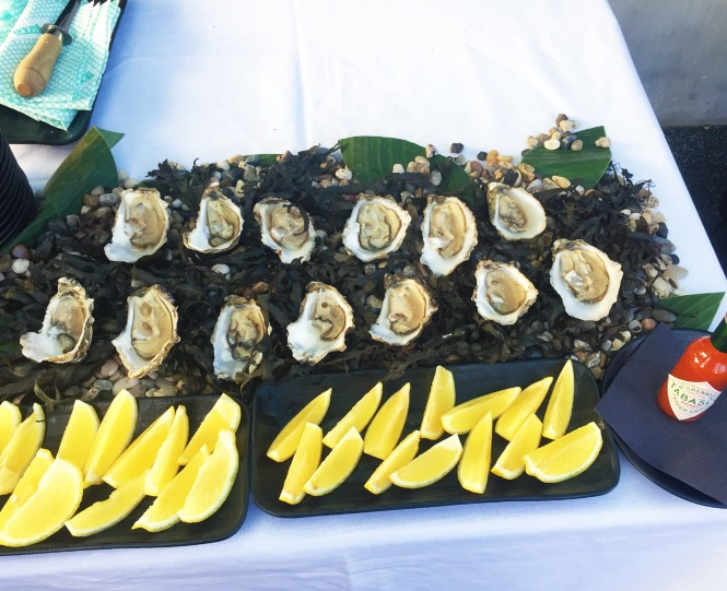 Southbridge Boat Quay Oysters.jpg